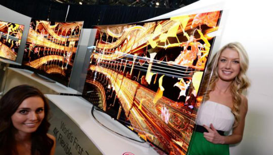 Televisor Flexible LG OLED UHD CES